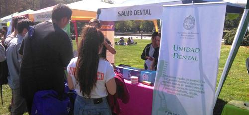 Unidad Dental, en Feria Vive Sano UC 2019